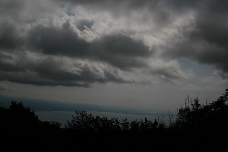 http://www.wetterfaszination.de/Bilder/2009/Juli/20090710-02.JPG